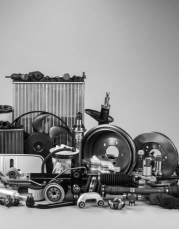 Accesorios de camiones Renault Trucks en Murcia y Albacete apilados